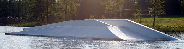 Süsel Seeparx Features Wakeboard Park - Skate-Box