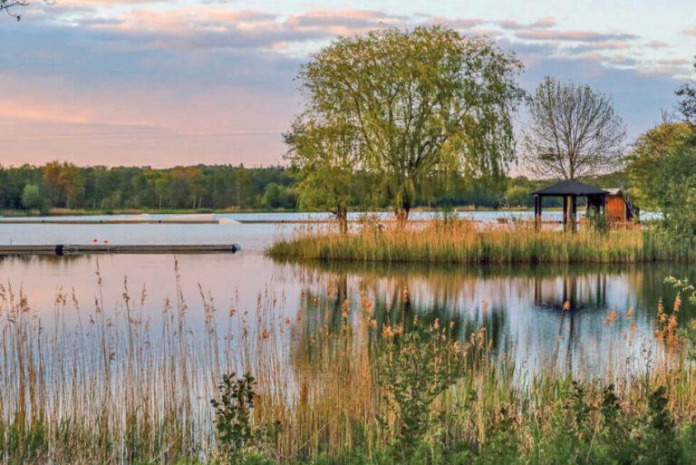 Süsel Seeparx - der See im Morgenlicht