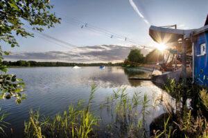 Morgenstimmung über dem See Süsel Seeparx an der Wasserski Anlage im Wakeboard Park